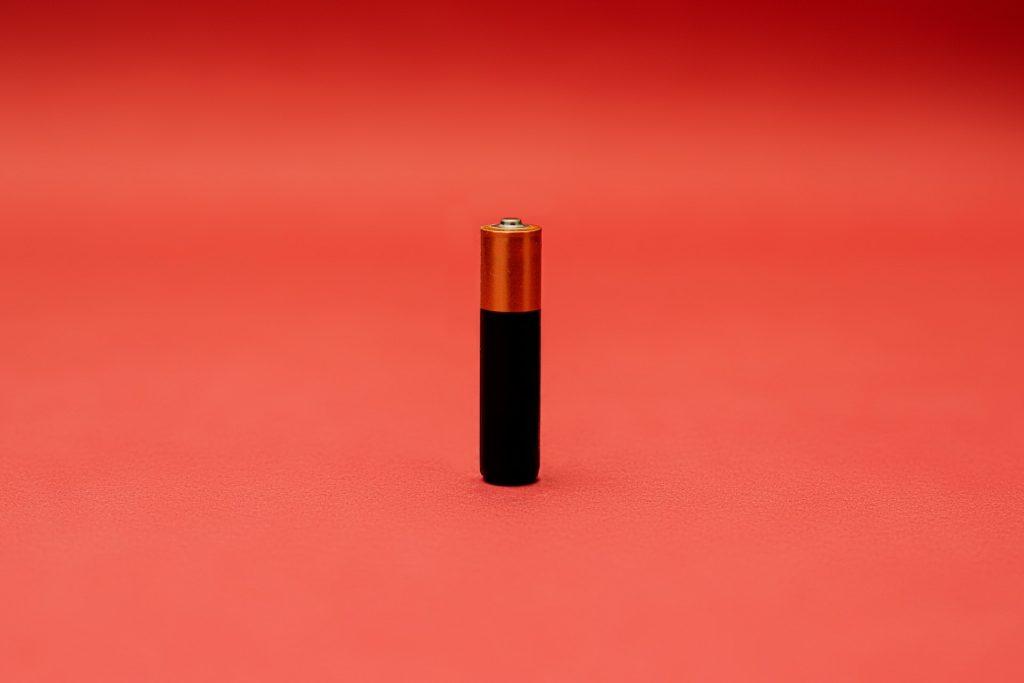 A battery. Photo by Danilo Alvesd on Unsplash.